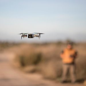 pilote avec drone