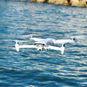 drone xiaomi fimi x8 se au dessus de la mer